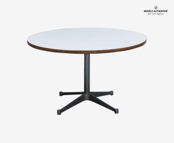 Table par Charles et Ray Eames aluminium group