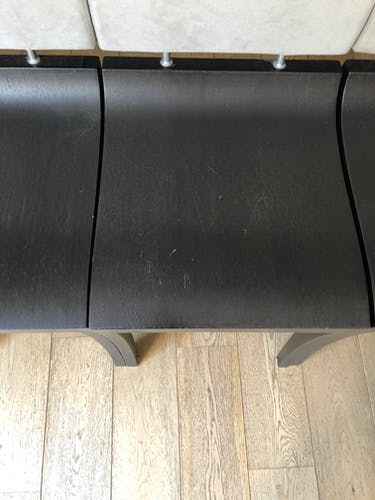 """Lot de 4 chaises """"Finn"""" par Thibault Desombre pour Ligne Roset"""