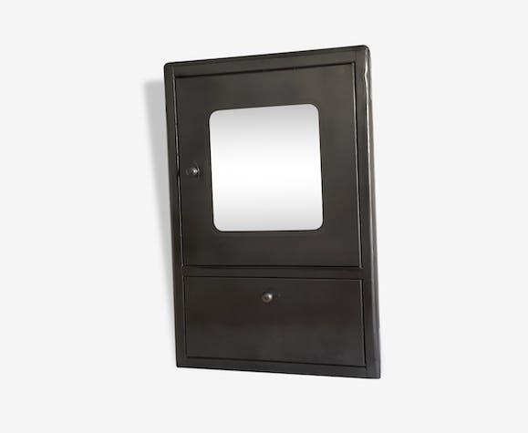armoire de toilette pharmacie industrielle m tal. Black Bedroom Furniture Sets. Home Design Ideas