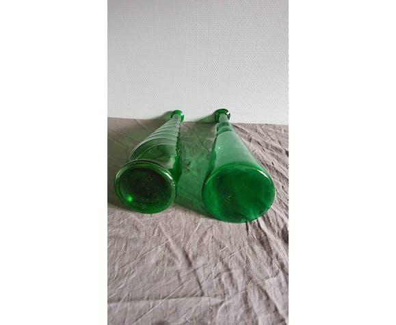 Lot of 2 green bottles