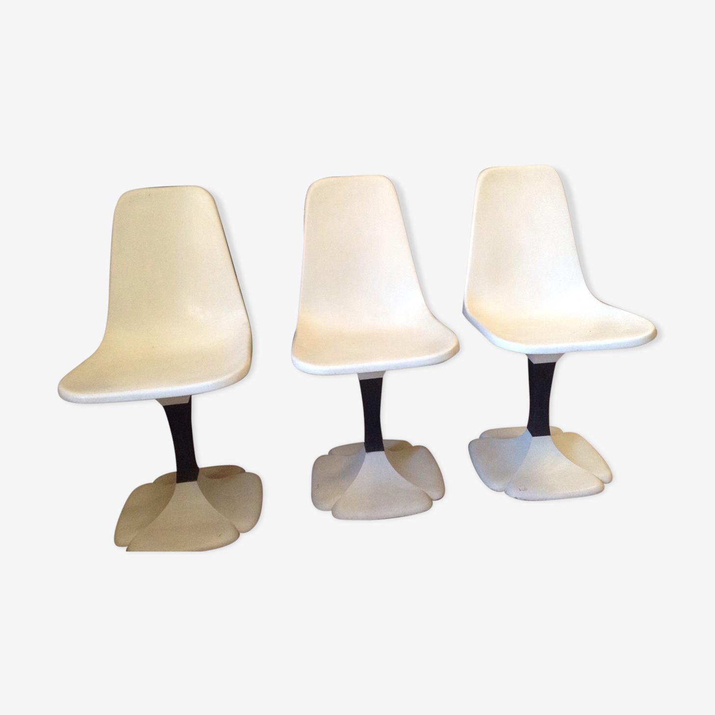 3 Gautier white chairs