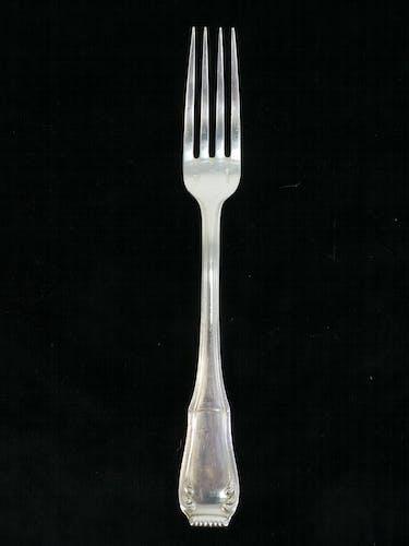Set de 12 grandes fourchettes Boulenger en metal argenté modele regence berry