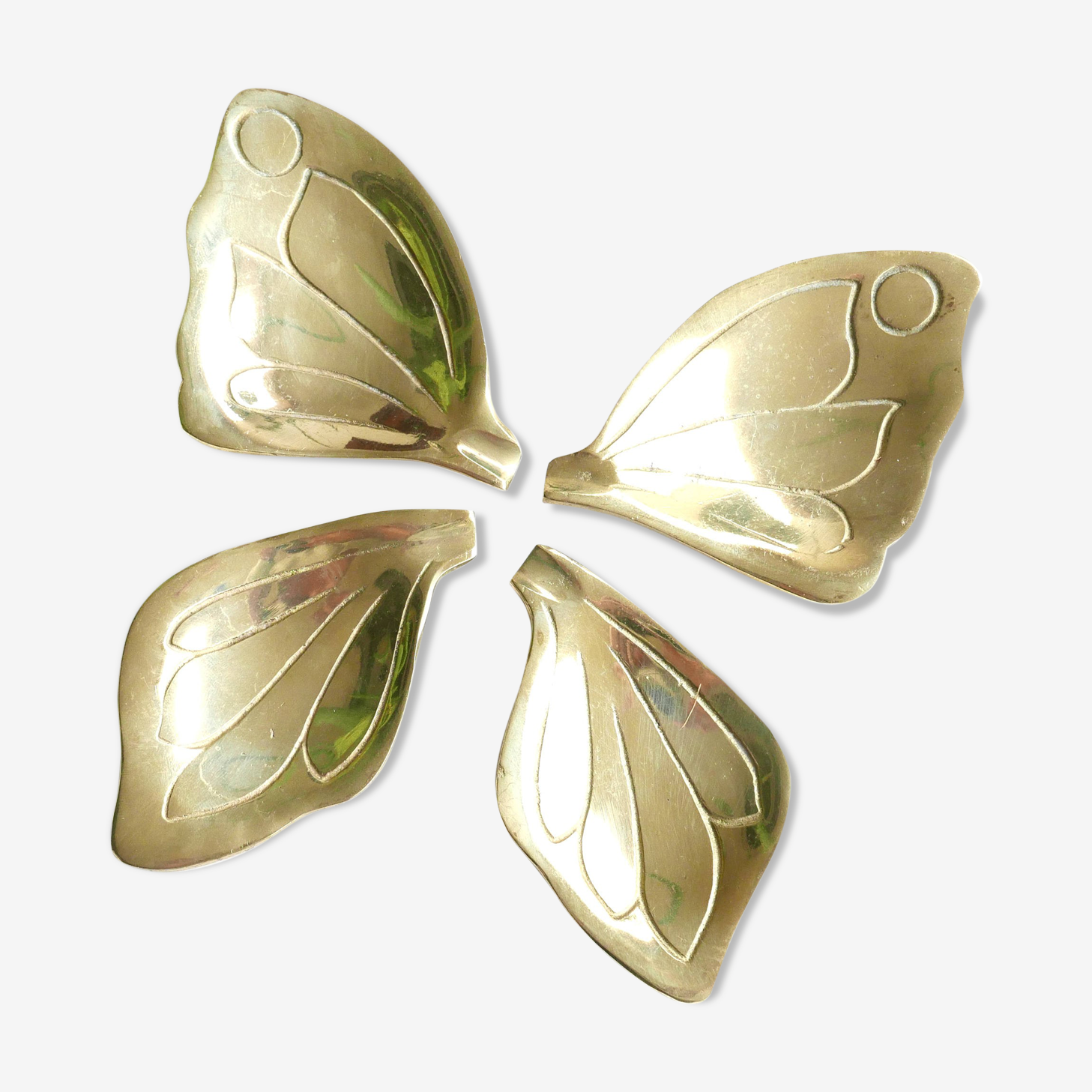 4 coupelles en laiton formant un papillon, années 60