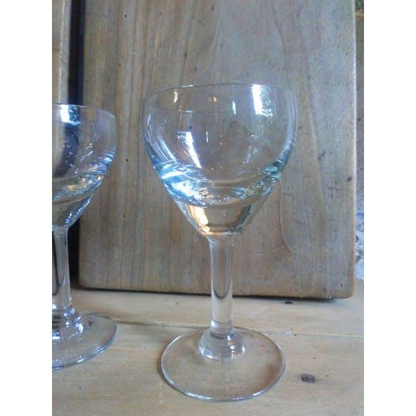 Sept verres de bistrot à pieds années 40   Selency