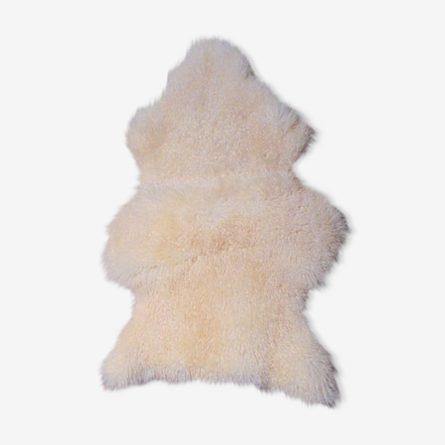Skin of sheep 100 x 65 cm