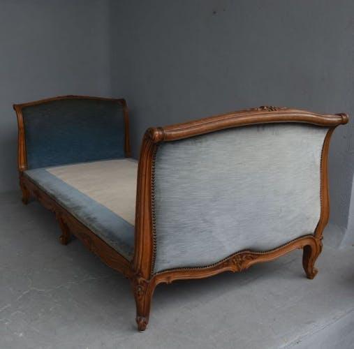 Lit canapé noyer de style Louis XV époque fin XIXème