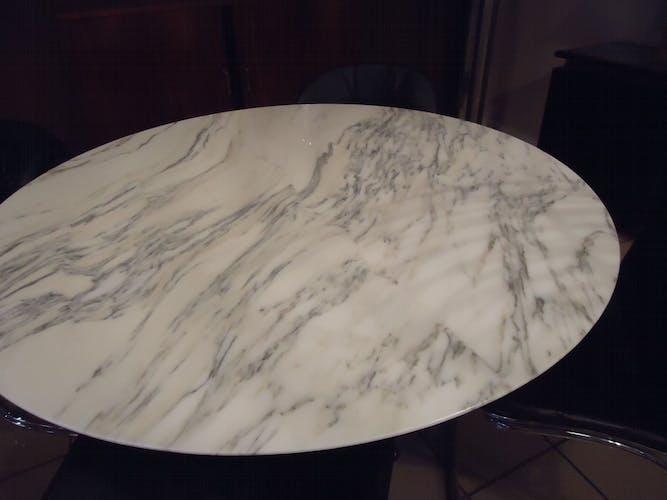 Table 1970 marbre