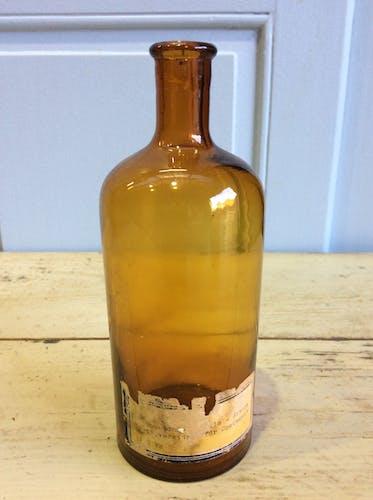 2 bottles of vintage drugry vanilla essence 1900