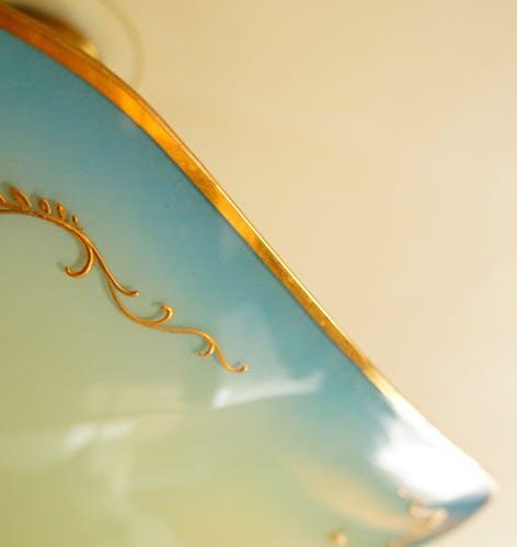 """Suspension """"palette"""" en verre teinté & décor or fin"""