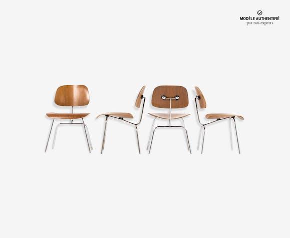 suite de 4 chaises charles et ray eames modele dcm edition. Black Bedroom Furniture Sets. Home Design Ideas