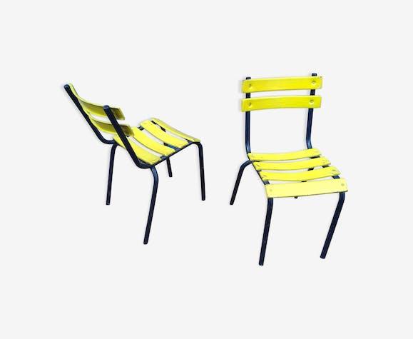 Paire de chaises de bistrot d'extérieur en métal jaune