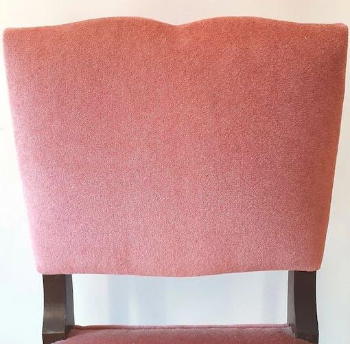 Set de 2 chaises anciennes en velour rose