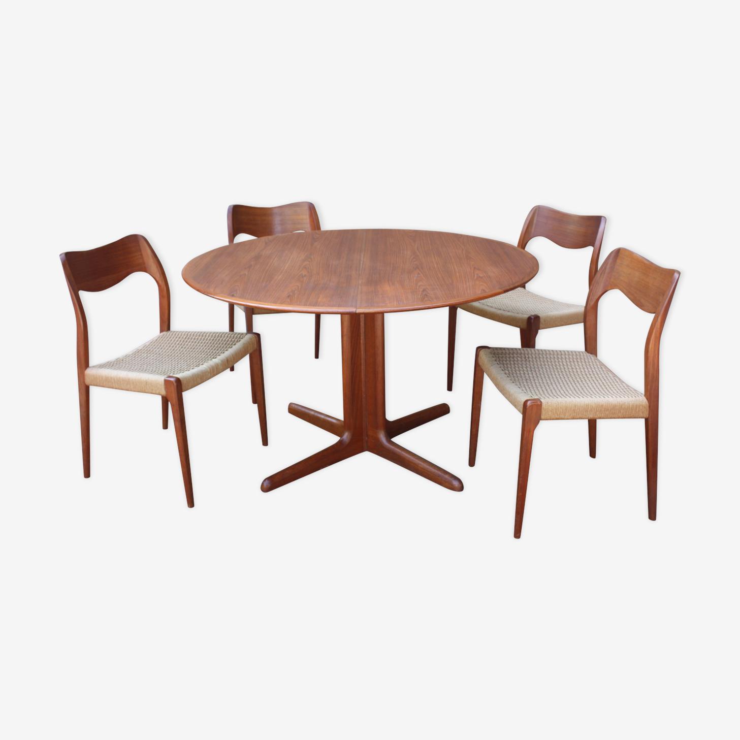 Table et 4 chaises Niels Otto Moller