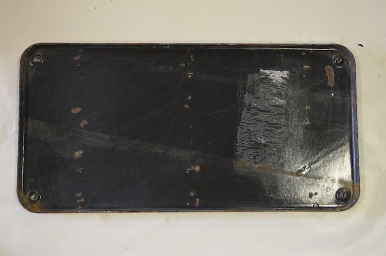 Street sheet metal enamelled