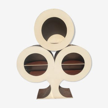 Furniture in the shape of copper and wood clover