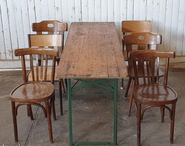 Table vintage de festivité