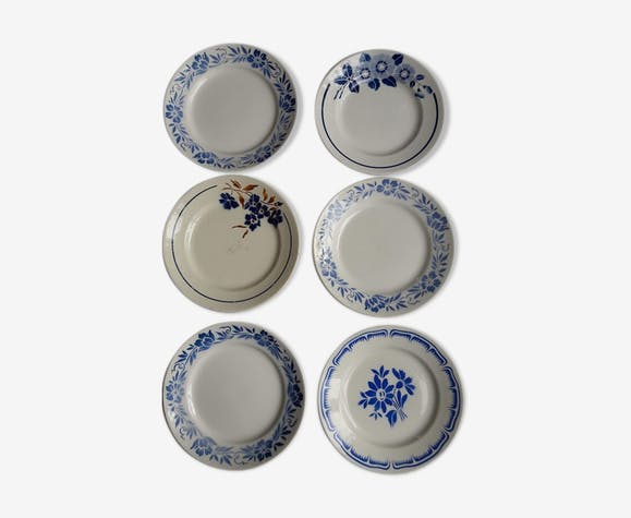 set of 6 dismatched plates