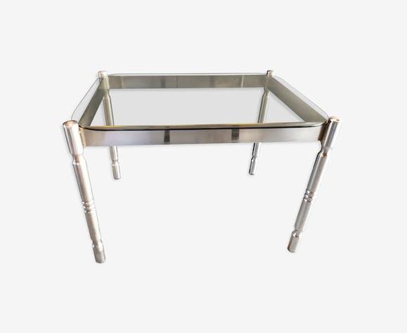 Table basse vintage en métal chromé et verre fumé