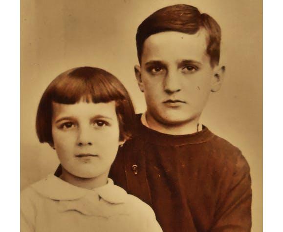 Photographie ancienne d'un frère & sa soeur