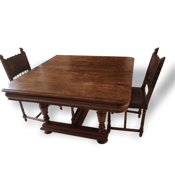 table de salon style henri ii accompagn de 6 chaises et 5 rallonges bois mat riau marron. Black Bedroom Furniture Sets. Home Design Ideas