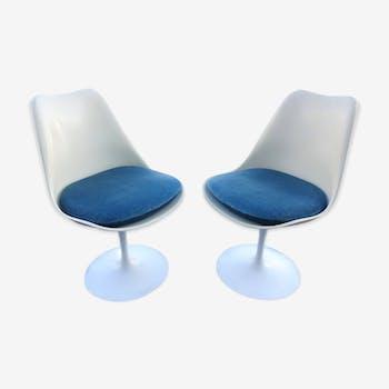 Eero Saarinen tulip chairs pair