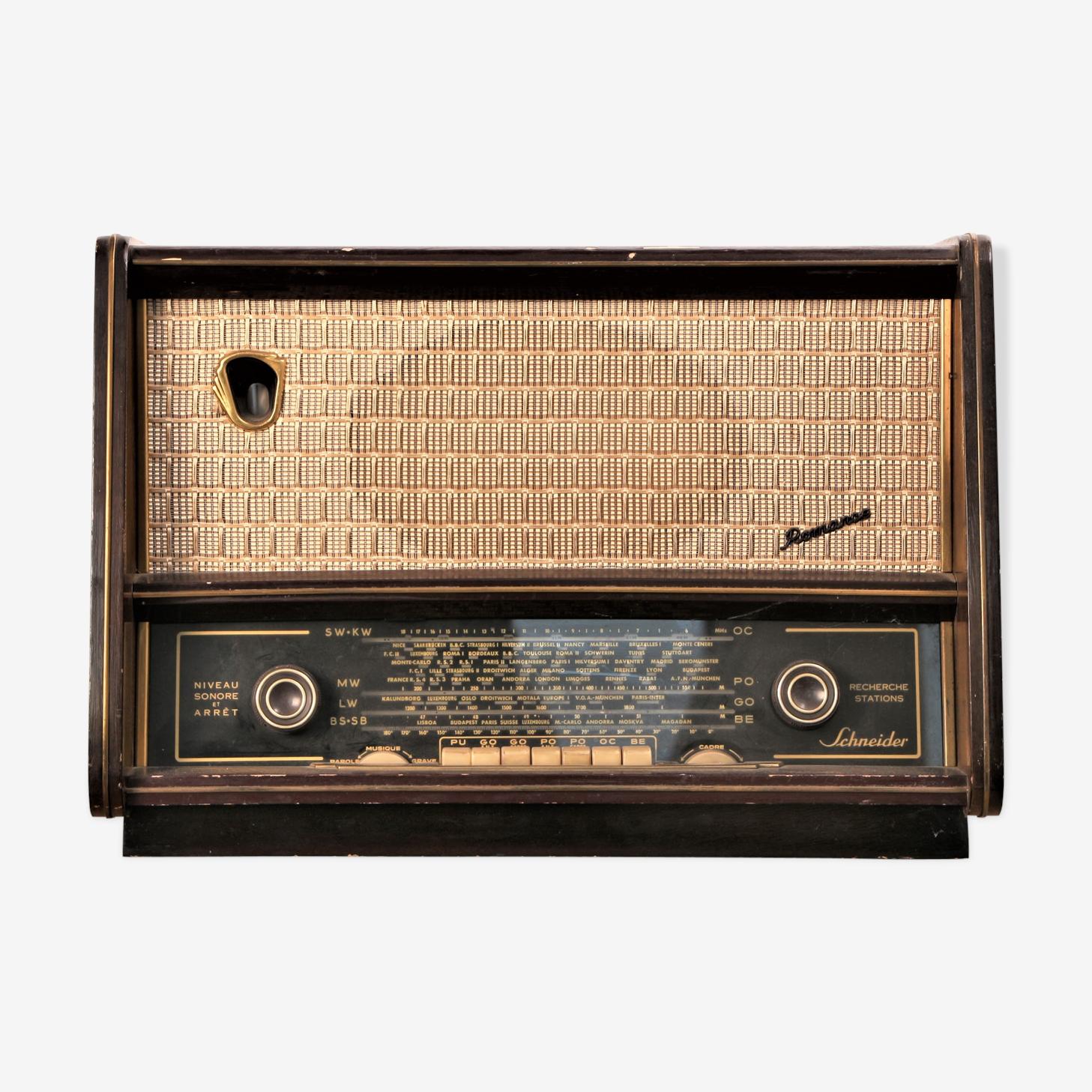 Vintage bluetooth radio Schneider, circa 1950