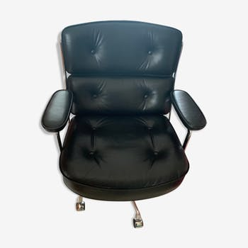 Fauteuil lobby chair ES104 de Charles et Ray Eames