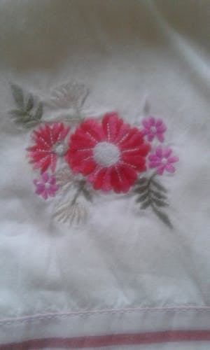 Lot of 2 embroidered cushion covers