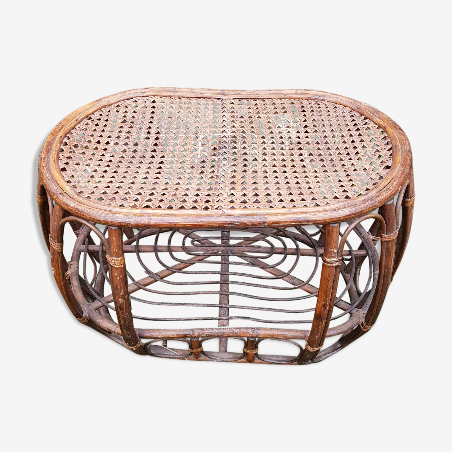 Oval coffee table with 2 trays wicker and rattan vintage