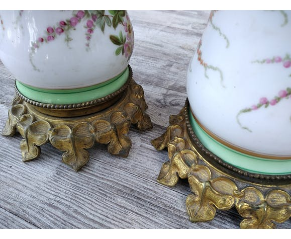 Paire de pieds de lampe en porcelaine et bronze