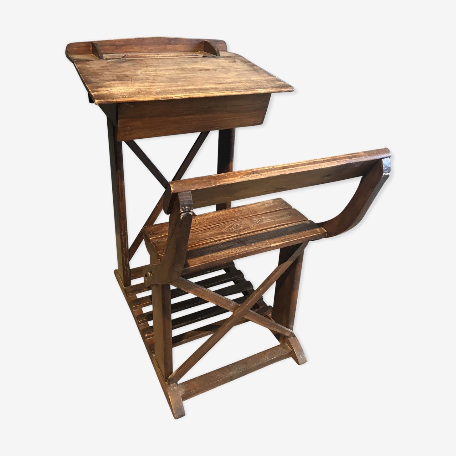 Bureau en bois vintage avec chaise enfant