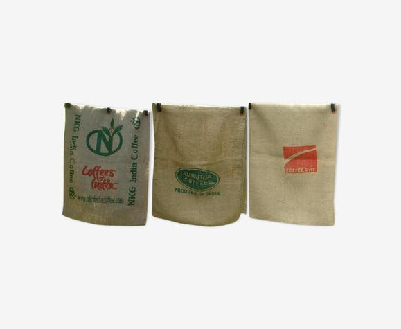 Pack of 3 coffee bags in burlap, coffees india-amrutha and coffee day