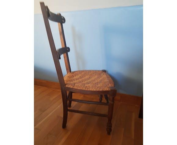 Chaise de salon basse avec paille tressée à plat