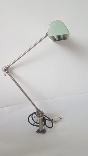 Articulated watchmaker's lamp
