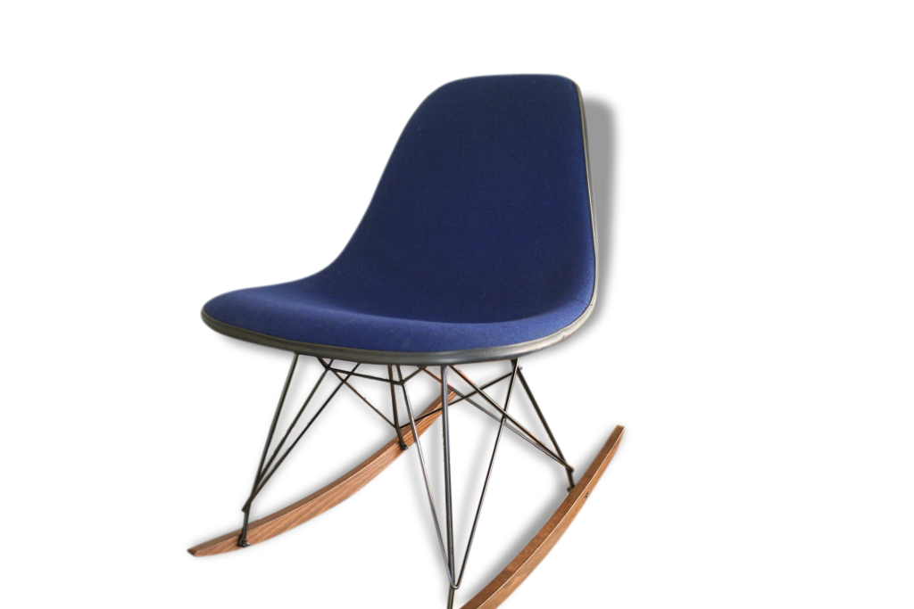 chaise eames bleu chaise eames dsr inspiration chaise. Black Bedroom Furniture Sets. Home Design Ideas