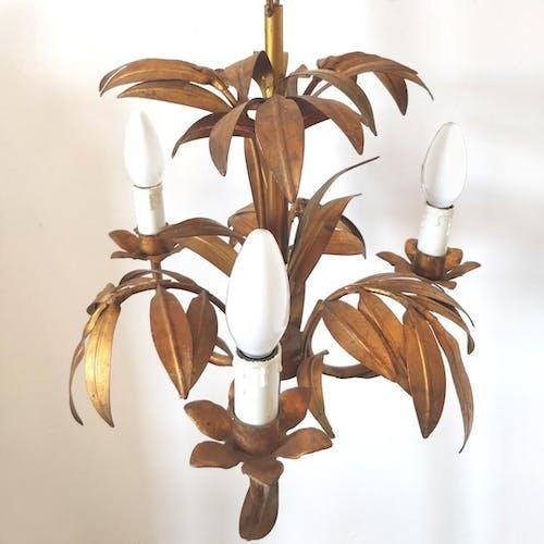 Lustre en métal doré feuilles de palmier