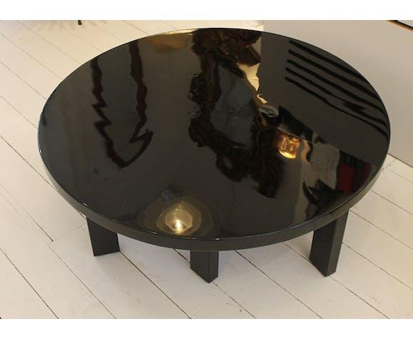 Table Basse Ronde En Resine Laquee Noire Par Ado Chale Vers 1970