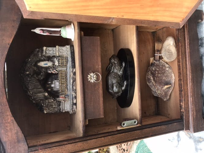 Doll cabinet or small cabinet of curiosities