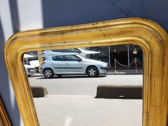Paire de miroirs dorés d'époque Louis-Philippe - 81x62cm