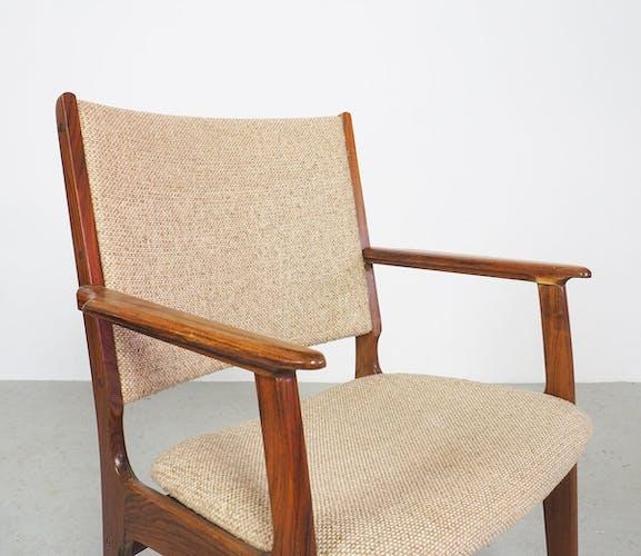 Chaise en bois de rose de conception danoise vintage 1960's