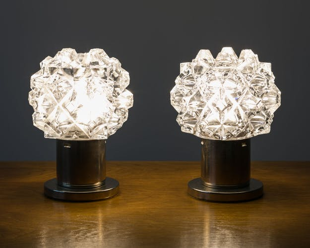 Table lamps, 70