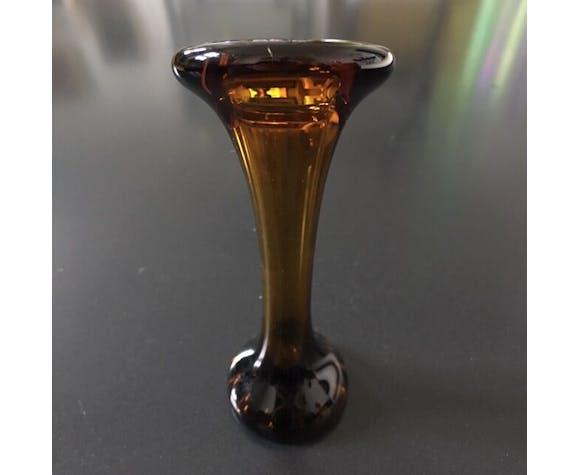 Soliflore en verre ambre