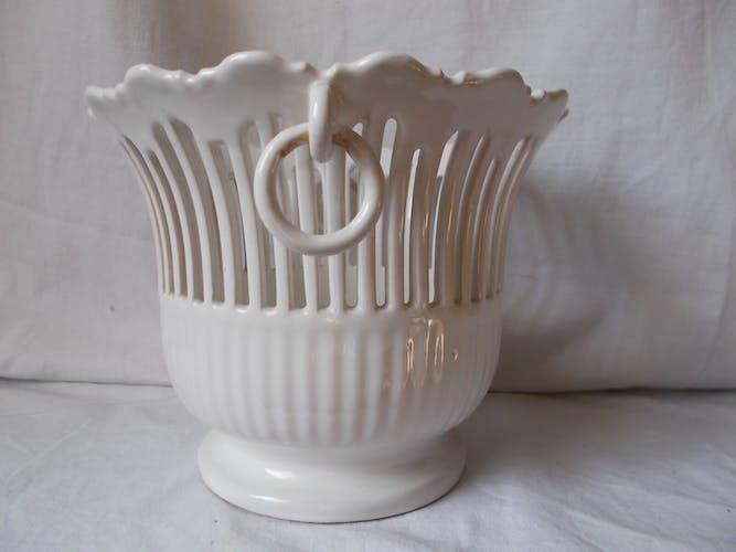 Open ceramic pot cover