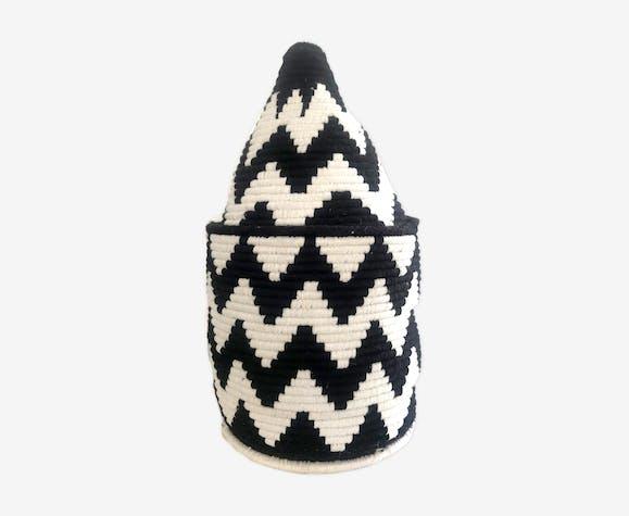 Berber box in black and white wool