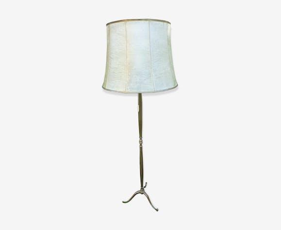 lampadaire pied en laiton abat jour en vessie de porc laiton dor classique vled9gt. Black Bedroom Furniture Sets. Home Design Ideas