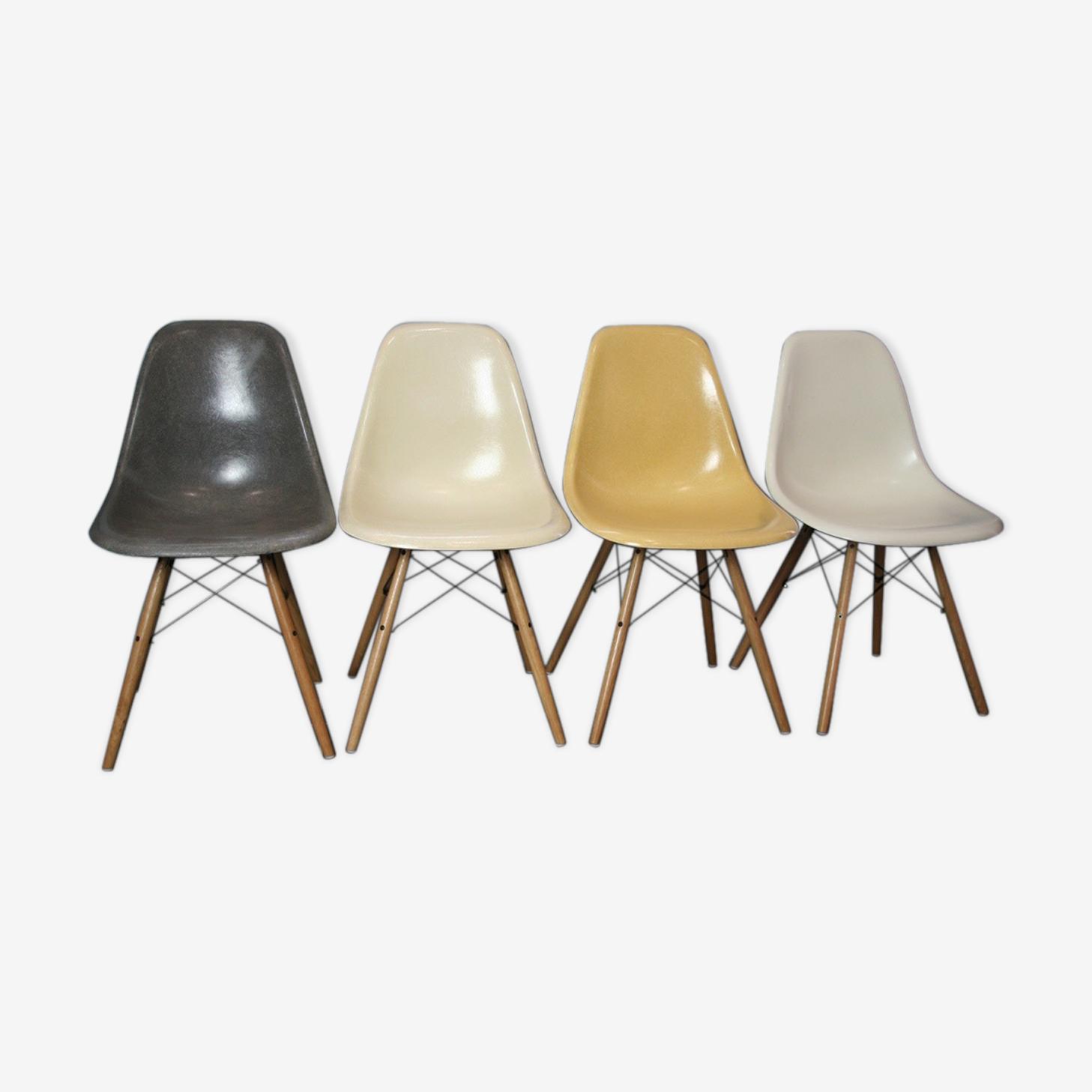 Lot 4 chaises dsw fibre Eames Herman Miller vintage