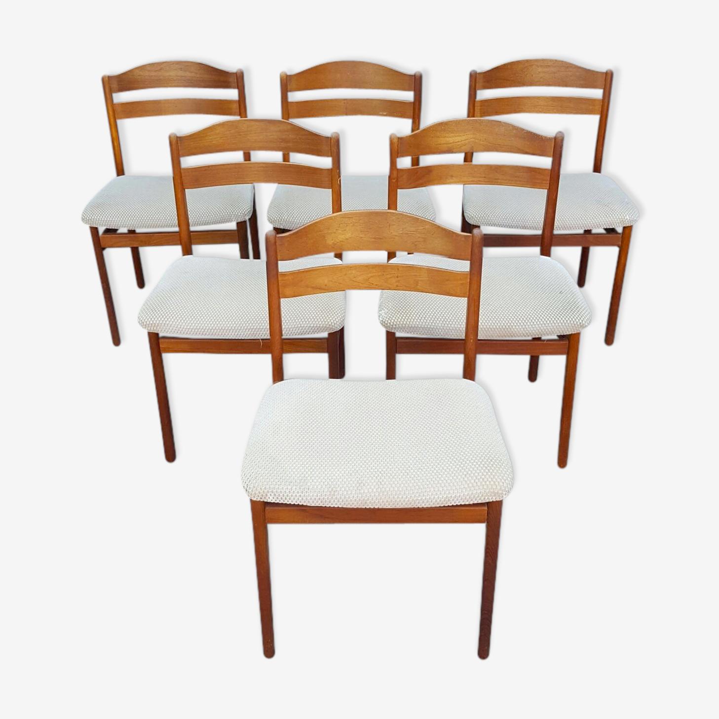 Suite de 6 chaises en teck scandinaves