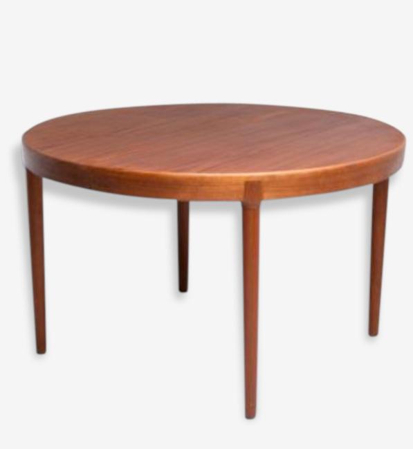 Table scandinave ostergaard
