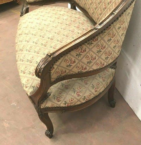 Trash Napoleon III sofa