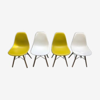 Set of 4 DSW chairs by Chales & Ray Eames for Vitra 2014